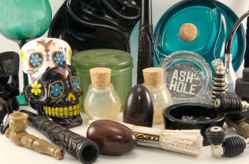 The Big Head Shop offers a selection of fun, useful, quality smoking paraphernalia.