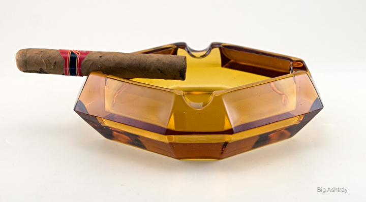 Art deco amber glass deep cigar ashtray