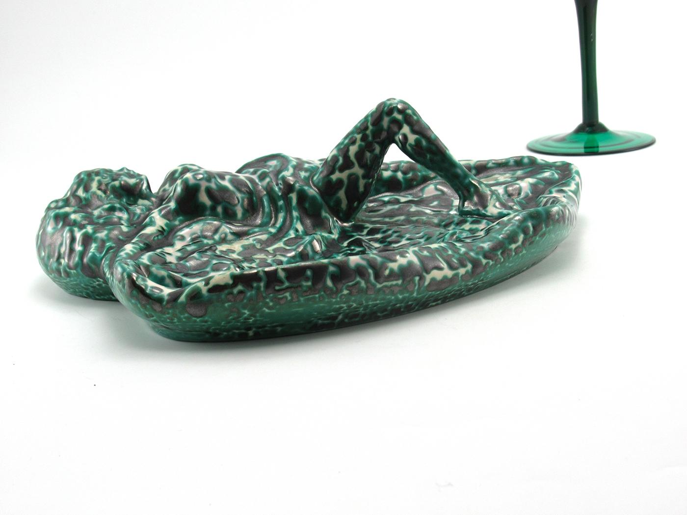 Sexy ashtray